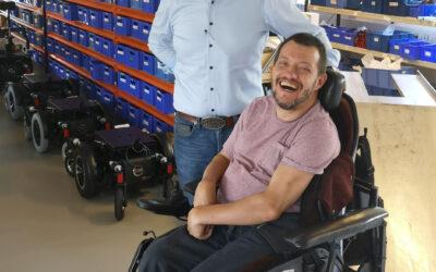 """""""Vi er jo ikke skabt til at sidde ned"""" – interview af Mikkel Lund med manden bag TA iQ el-kørestole"""